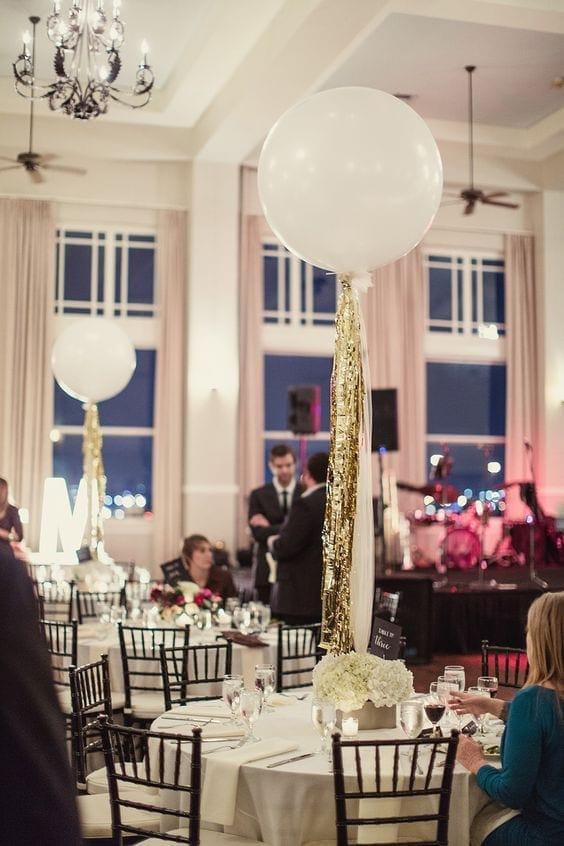 Giant Balloons Photo Ideas for your Wedding